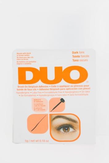 DUO BRUSH ON ADHESIVE DARK