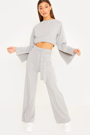 grey flared sleeve crop top loungewear set