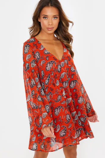 CAROL RED PAISLEY TIERED SLEEVE SMOCK DRESS