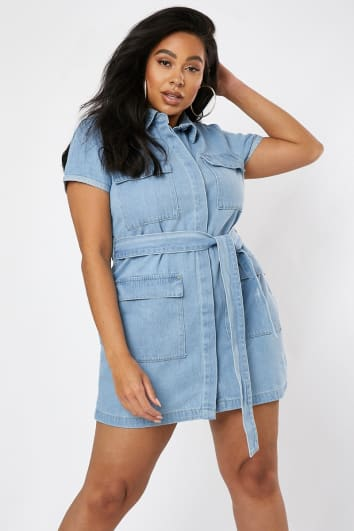CURVE DANI DYER BLUE LIGHT WASH BELTED UTILITY DENIM DRESS