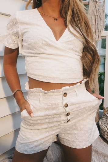 DANI DYER WHITE BRODERIE ANGLAISE PAPERBAG SHORTS
