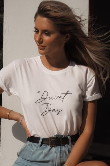 FASHION INFLUX WHITE 'DUVET DAY' LOUNGE SLOGAN TEE