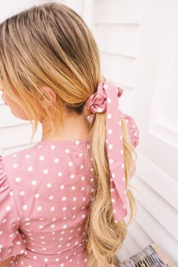 DANI DYER PINK POLKA DOT SCRUNCHIE HAIR TIE