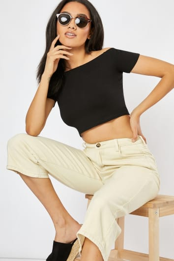 INIKAK BASIC BLACK BARDOT CROP TOP