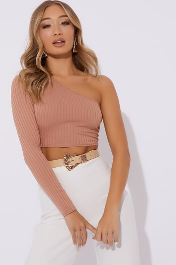 KINDLE NUDE RIBBED ONE SLEEVE CROP TOP