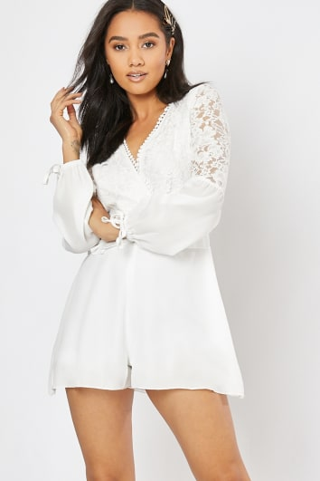 CASSIAH WHITE LACE OPEN BACK FRILL PLAYSUIT