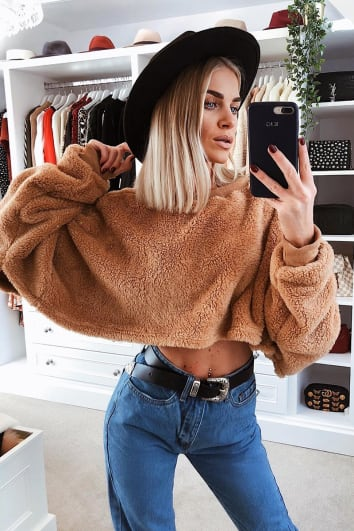 JAKIRA CAMEL TEDDY FUR CROP JUMPER
