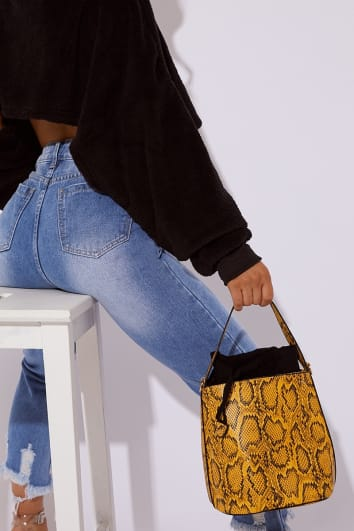 YELLOW SNAKE PRINT BUCKET BAG