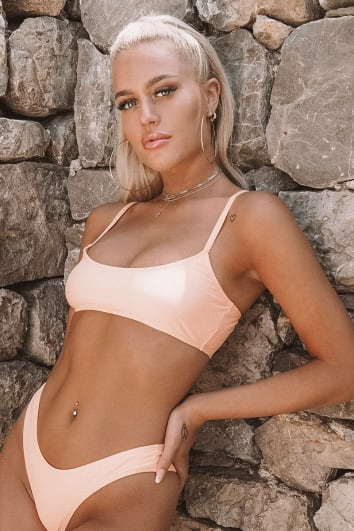 LOTTIE TOMLINSON UNDERBOOB PEACH SCOOP NECK BIKINI TOP