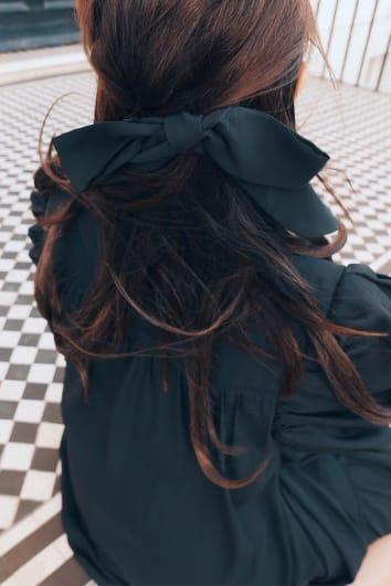 LORNA LUXE BLACK HAIR TIE