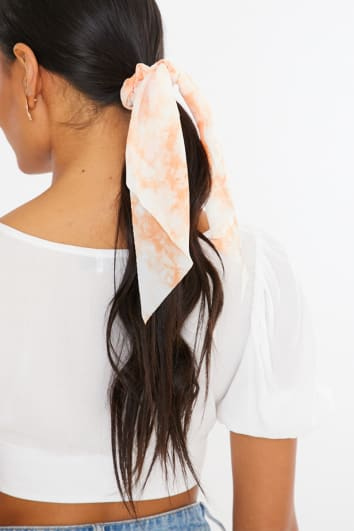 ORANGE TIE DYE SCRUNCHIE