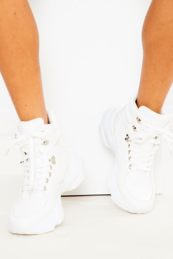 QUINLEY WHITE FAUX LEATHER CHUNKY ANKLE BOOTS