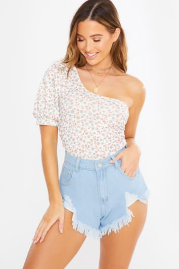 white floral print one shoulder puff sleeve top