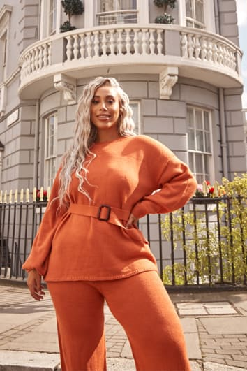 CURVE LAILA LOVES RUST ORANGE PLAIN STITCH OVERSIZED BELTED CO-ORD JUMPER
