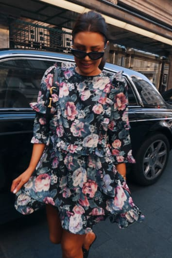 LORNA LUXE BLACK 'GIRL'S GIRL' ANTIQUE ROSE PRINT RUFFLE MINI DRESS