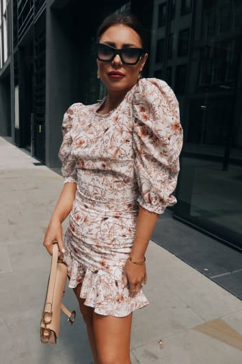 LORNA LUXE 'PRACTICALLY PERFECT' PORCELAIN NUDE PUFF SLEEVE FITTED CO-ORD TOP