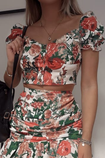 FASHION INFLUX WHITE FLORAL PUFF SLEEVE SWEET HEART TOP