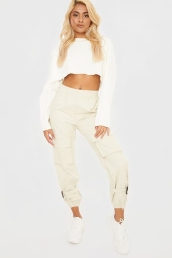 stone buckle hem cargo trousers