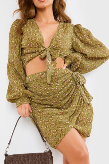 KHAKI FLORAL PRINT RUCHED DRAPED DETAIL MINI SKIRT CO ORD