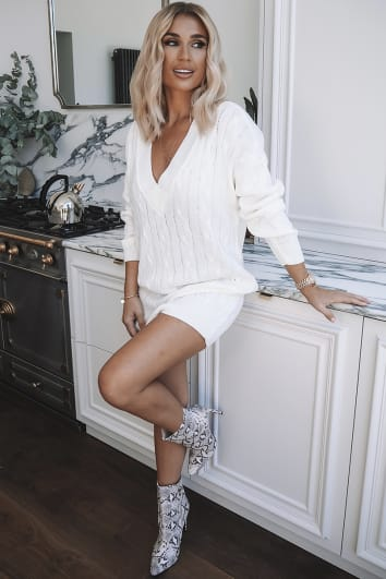 BILLIE FAIERS CREAM V NECK CABLE JUMPER DRESS