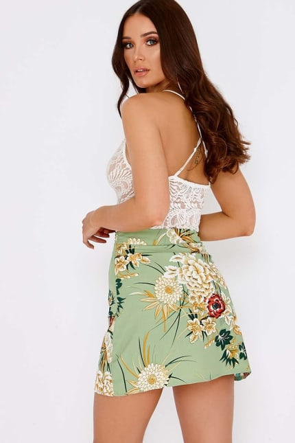 cf2c340cc65 Madalyn Mint Floral Asymmetric Skirt | In The Style