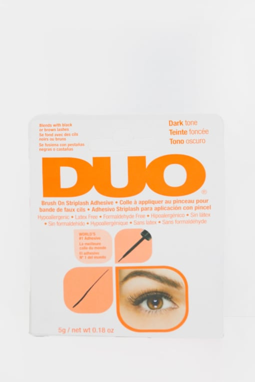 DUO BRUSH ON ADHESIVE DARK