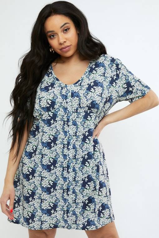 CURVE EMILY ATACK NAVY FLORAL PRINT V NECK SHIFT DRESS