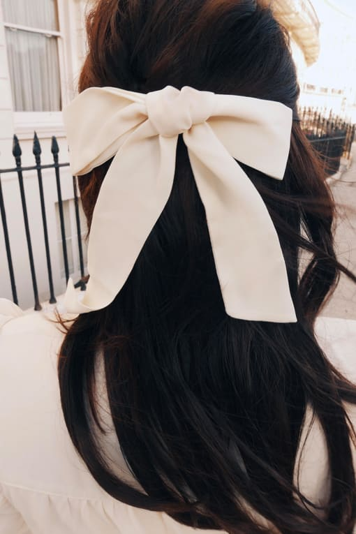 LORNA LUXE CREAM HAIR TIE