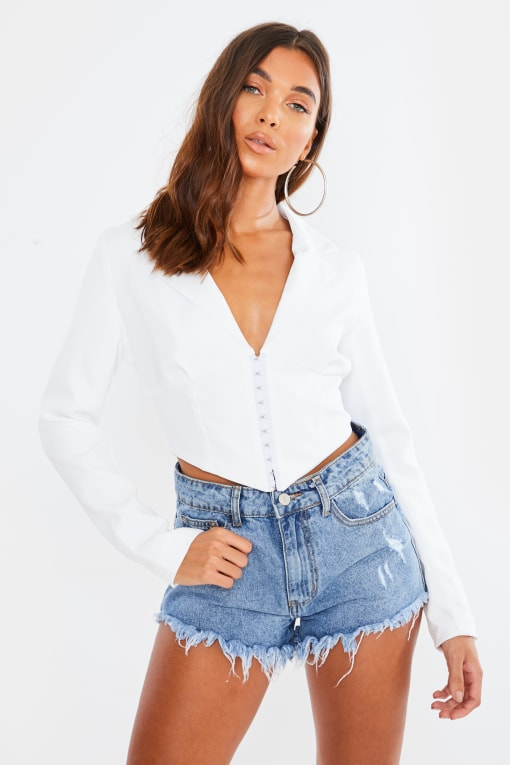 ALTHEA WHITE HOOK AND EYE CROPPED BLAZER