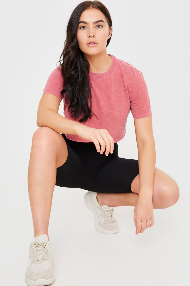CHARLOTTE CROSBY WASHED RASPBERRY LOUNGE CROP T SHIRT
