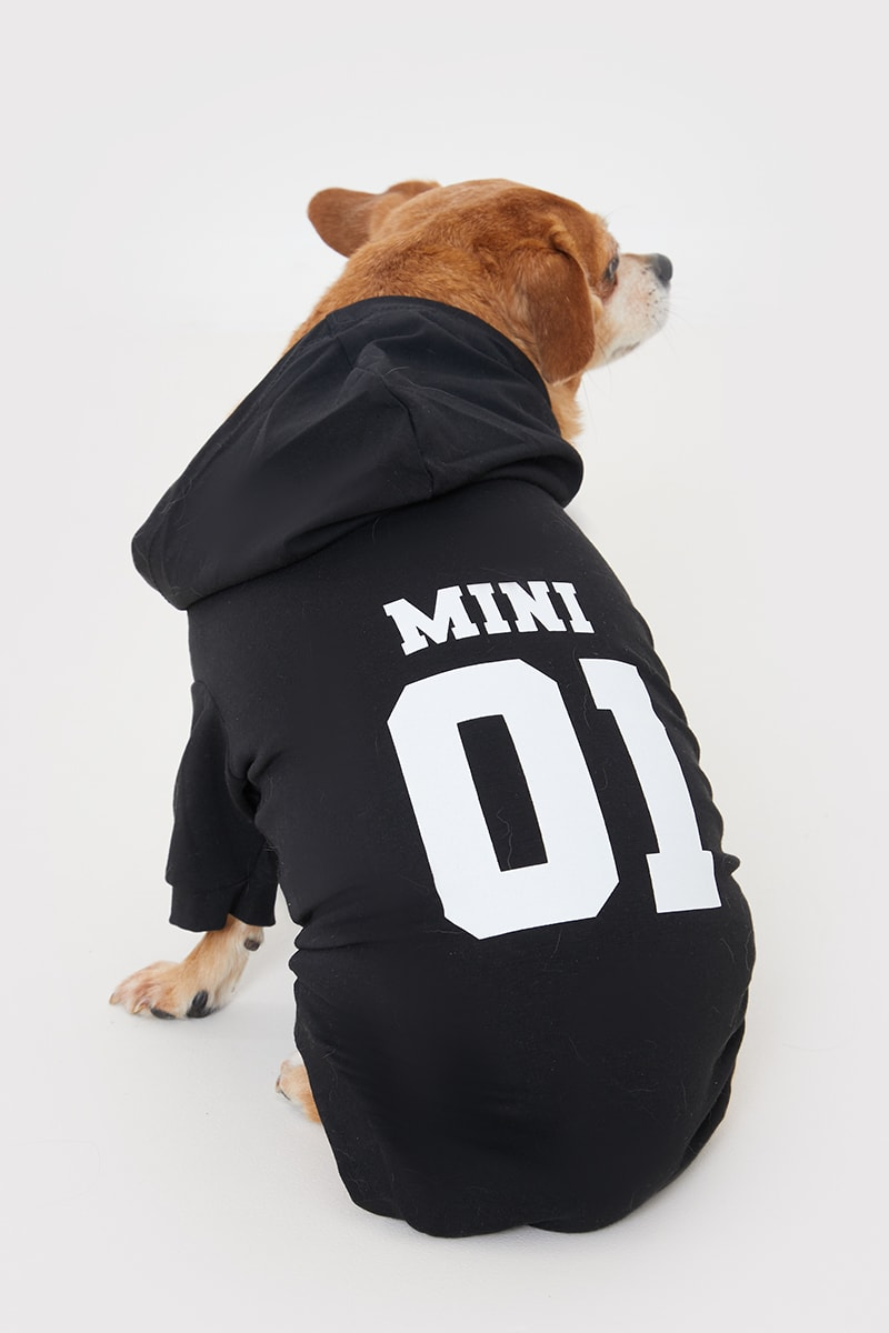 JAC JOSSA BLACK DOGS 'MINI 01' SLOGAN HOODIE