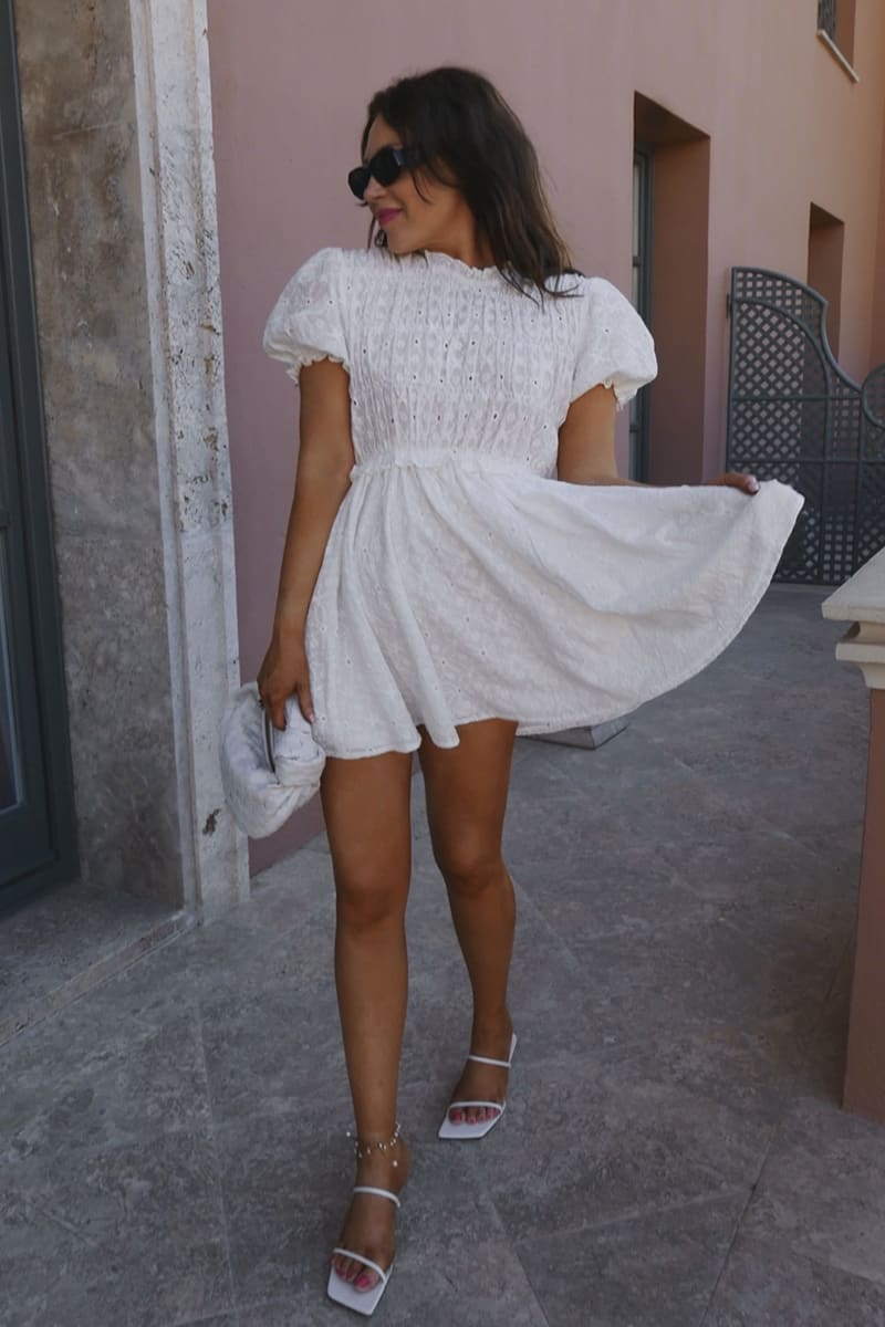 LORNA LUXE WHITE 'TWIGGY' SHIRRED HIGH NECK SHORT SLEEVE DRESS