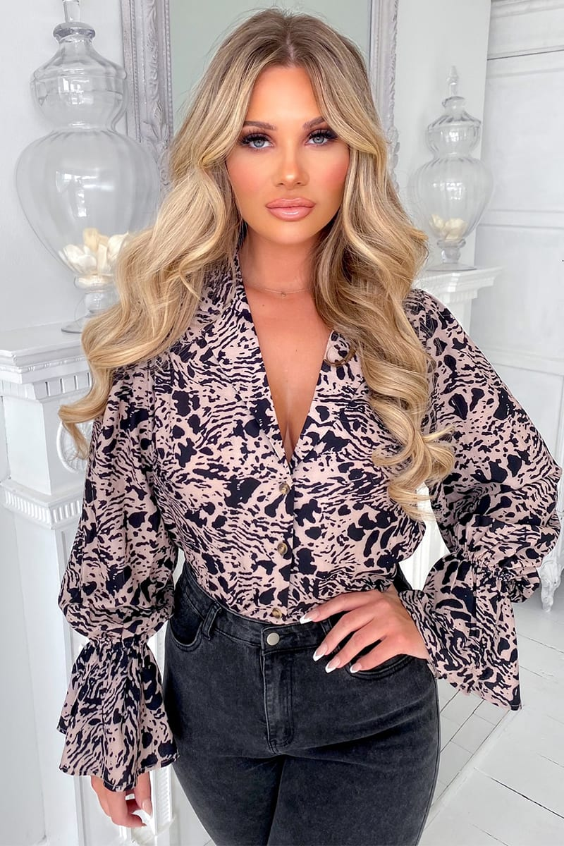 SHAUGHNA PHILLIPS STONE ANIMAL PRINT BLOUSE WITH FLUTE SLEEVE