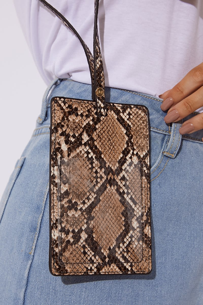 BROWN FAUX SNAKE SKIN CARD HOLDER TAG