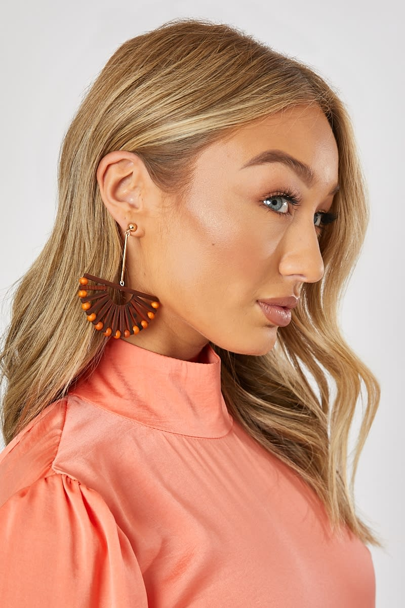 BROWN FAN EARRINGS