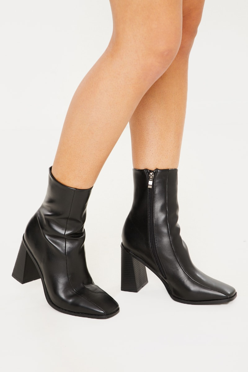 BLACK PU SQUARE HEEL & TOE ANKLE BOOTS