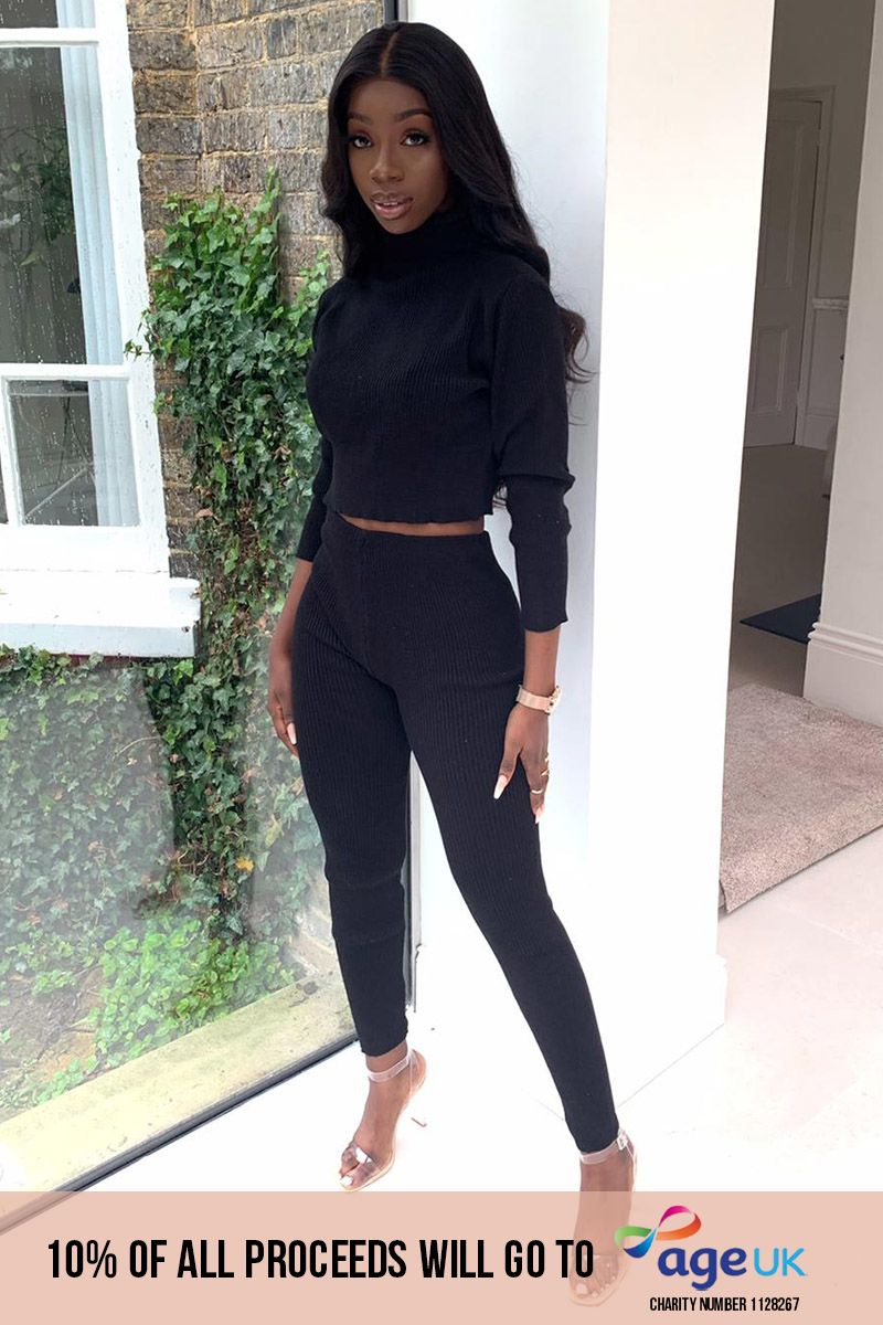 BLACK RIBBED LEGGING AND CROP TOP SET