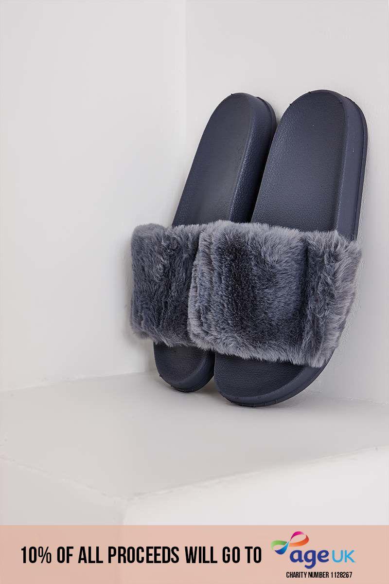 grey faux fur sliders