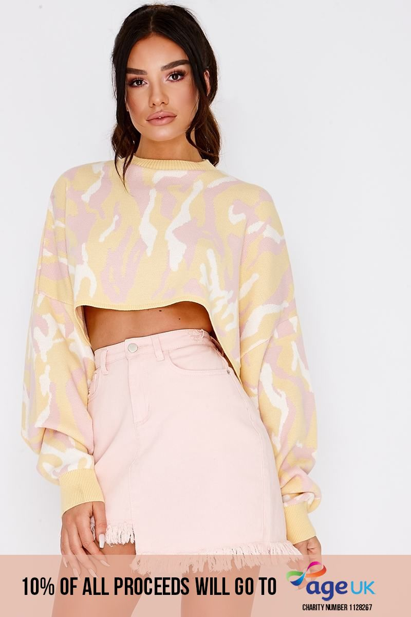 pink camo print cropped jumper