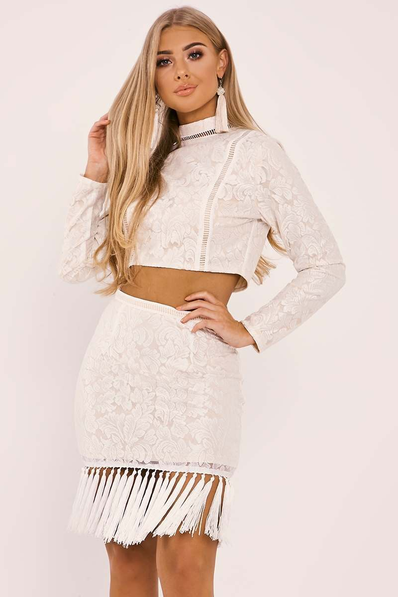 BILLIE FAIERS WHITE LACE HIGH NECK CROP TOP