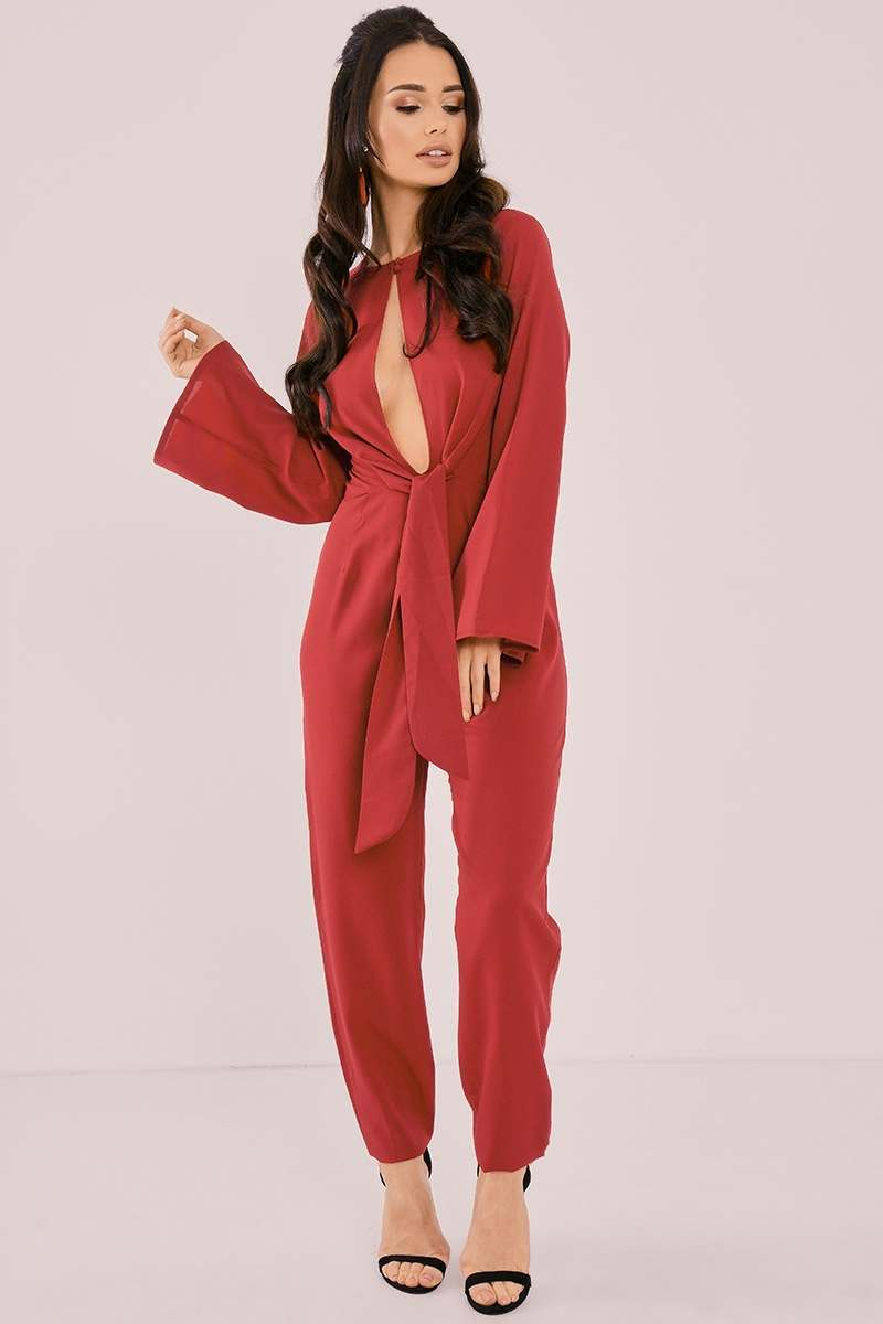 BINKY BERRY FLARE SLEEVE TIE FRONT JUMPSUIT