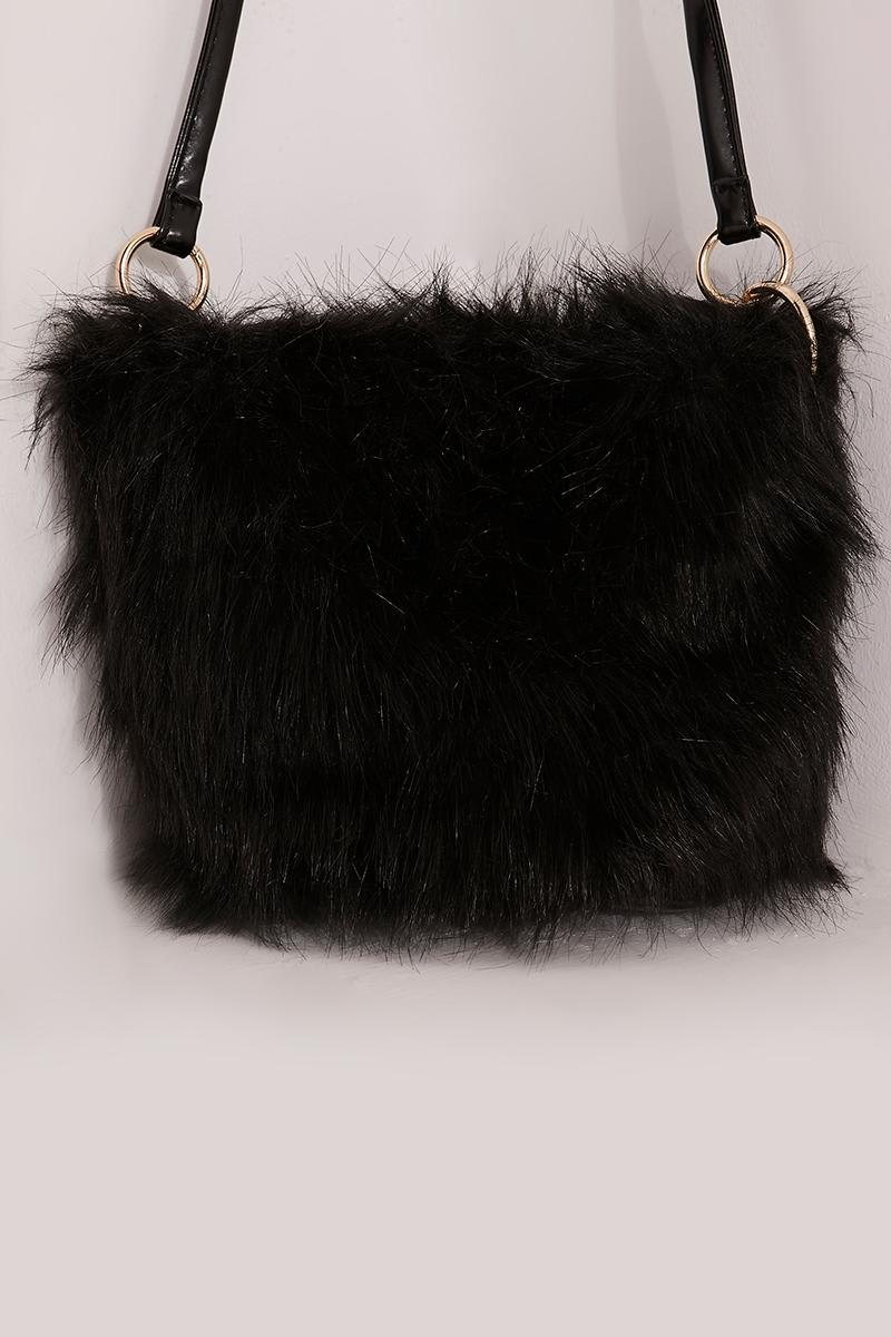 BLACK LARGE FAUX FUR BAG
