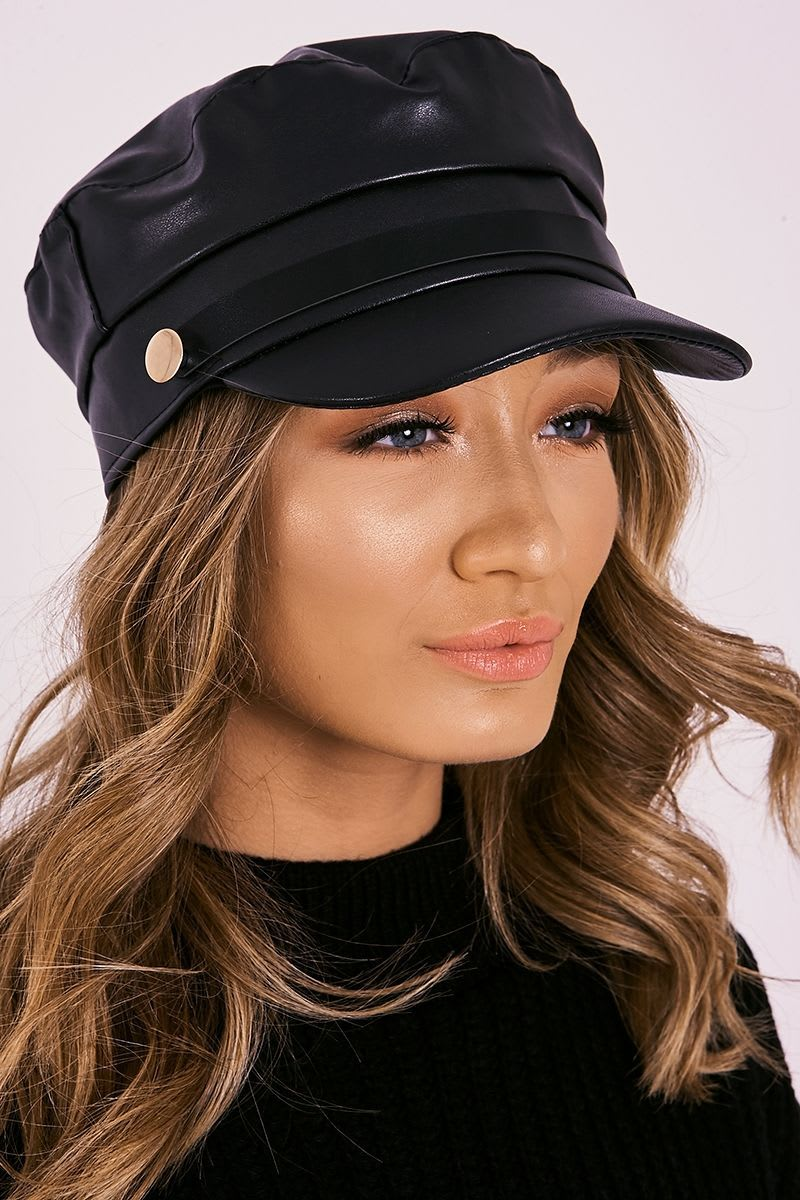 BLACK FAUX LEATHER BUTTON DETAIL BAKER BOY HAT
