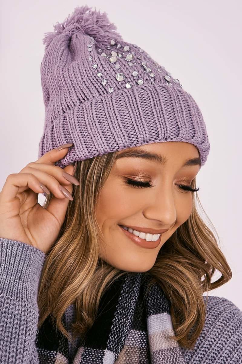 GREY DIAMANTE KNITTED POM POM BEANIE HAT