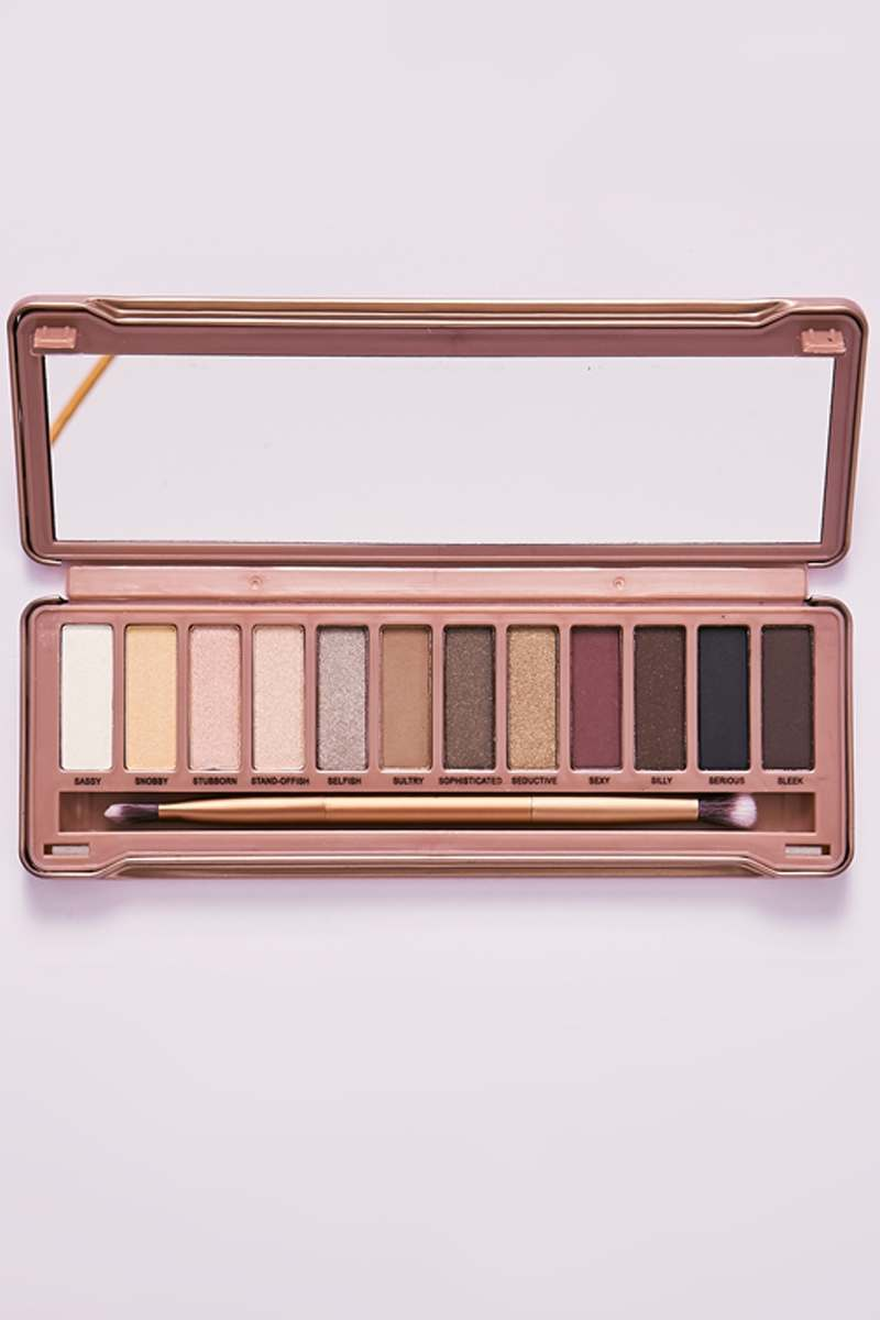 MISS-TY EYESHADOW PALETTE