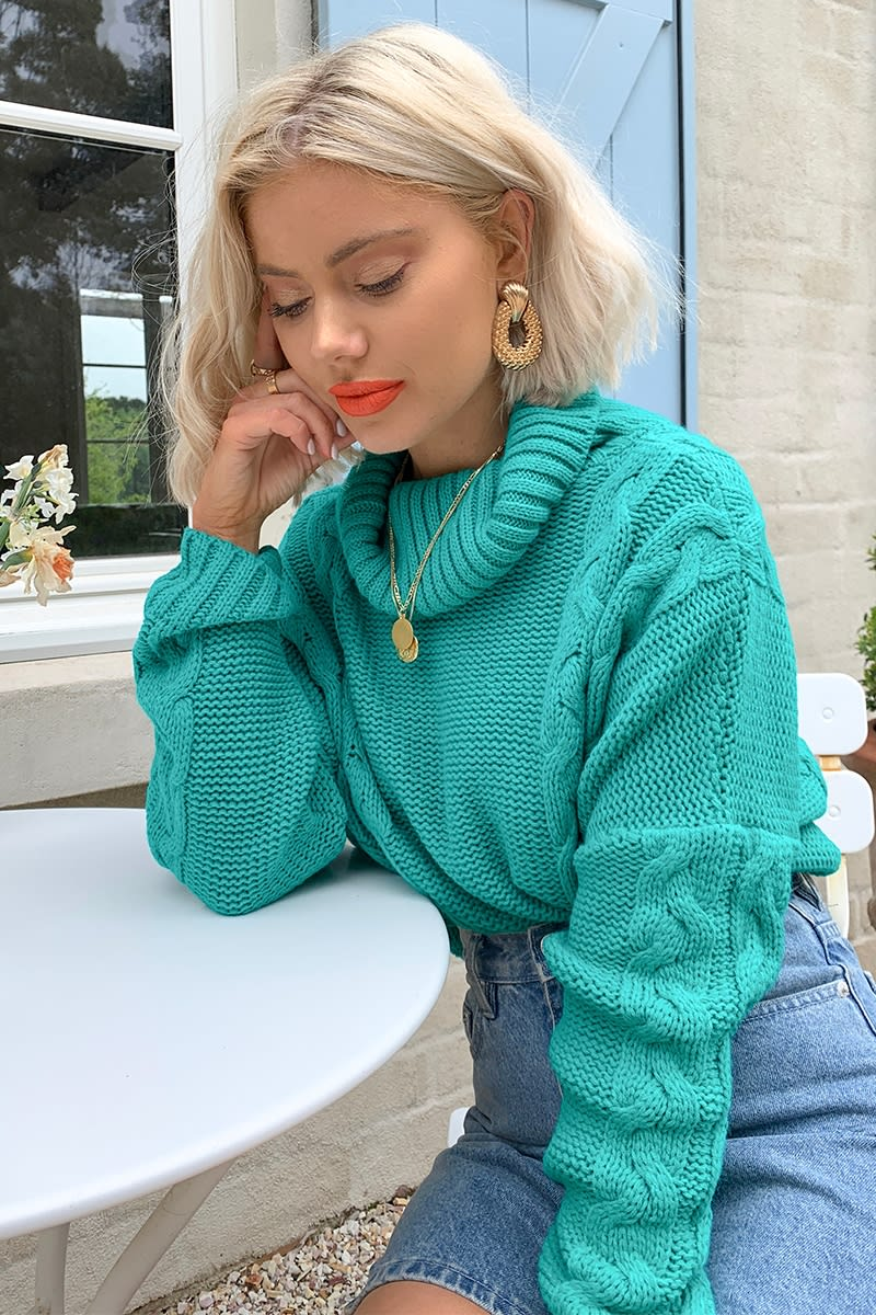 LAURA JADE GREEN CROPPED CABLE KNIT JUMPER