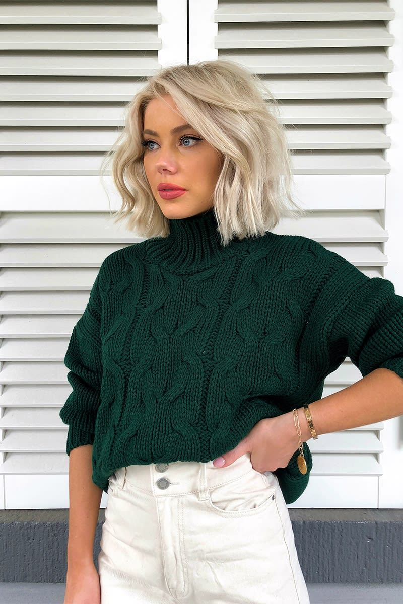LAURA JADE DARK GREEN CHUNKY CABLE KNIT JUMPER