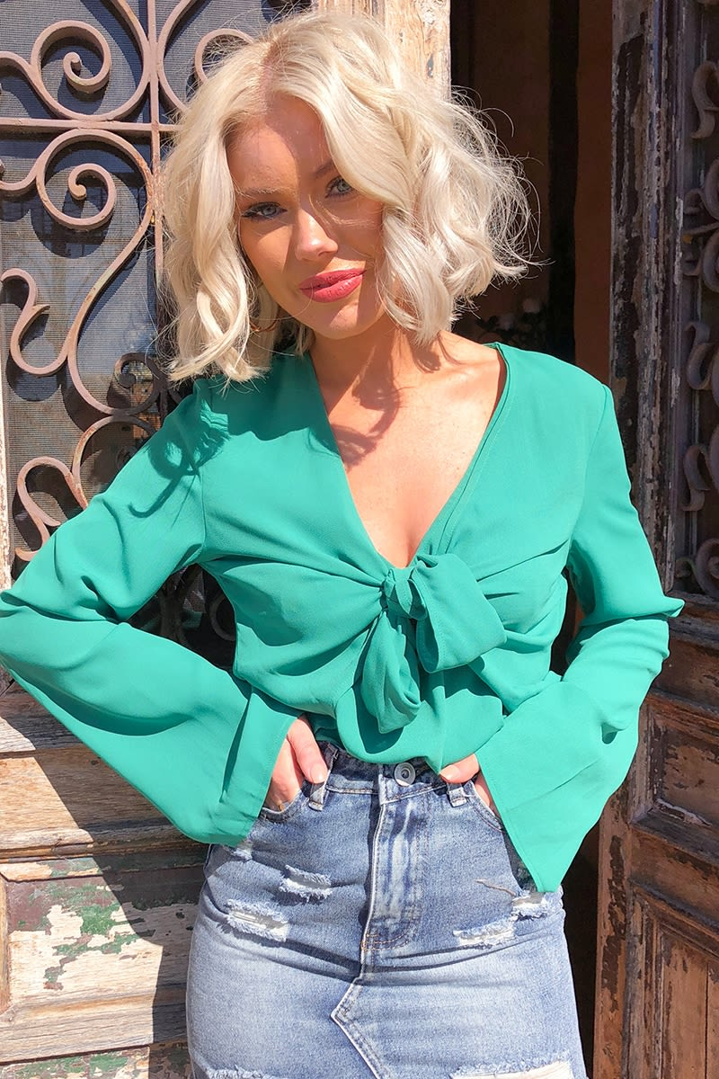 LAURA JADE GREEN TIE FRONT FLUTE SLEEVE BLOUSE