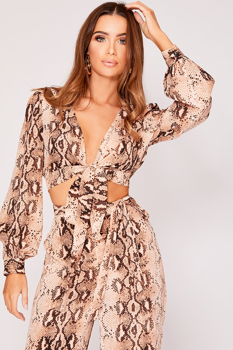 INASHA BROWN SNAKE PRINT TIE FRONT CROP TOP