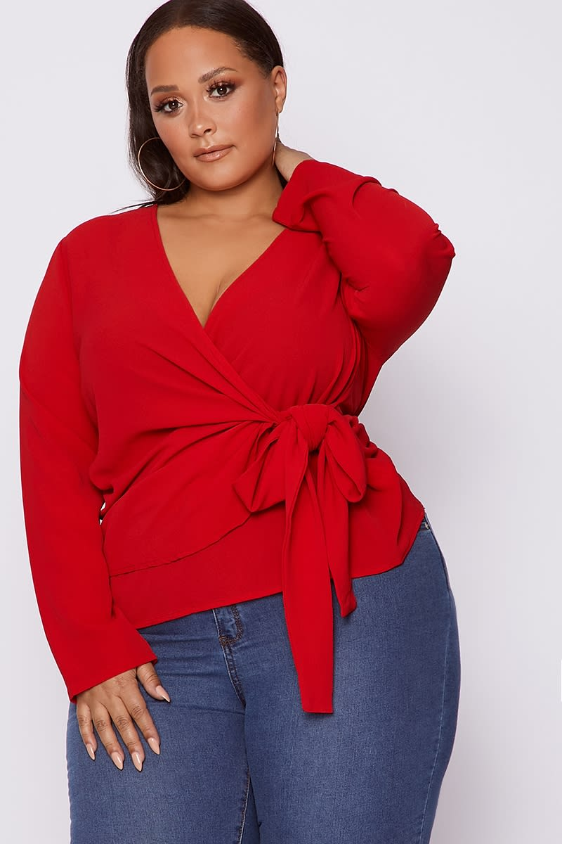 CURVE KAMIAH RED WRAP TIE SIDE TOP